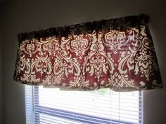 How to make a valance without sewing: the only tools you'll need are scissors and an iron.