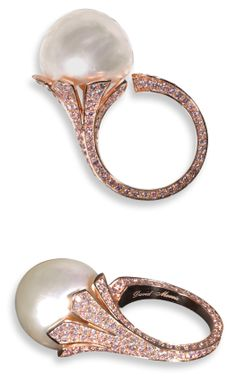 A 20,80 CT Natural Light Cream Button Pearl Ring in 18 kt rose gold with pink diamond micro pave by David Morris
