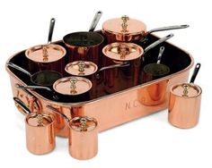 VICTORIAN COPPER BAIN MARIE AND SET OF BAIN MARIE PANS