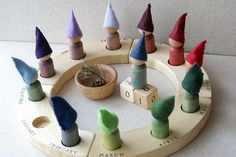 Etsy の The Twelve Brothers-Perpetual Waldorf Calendar by knitcher