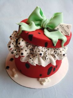 #Disney 101 Dalmatians gift #cake
