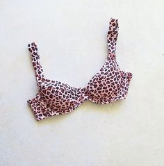 Indaia Swim Animale Retro Top is feminine & flattering. This bikini piece's great cut with underwire gives you amazing cleavage and support. The vintage cut & leopard print make this the underwire top for you. Great Cuts, Body Types, Perfect Fit, Feminine, Swimming, Retro, Babies, Flat, Store