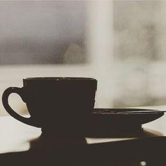 AROMA DI CAFFÈ  Una palabra que por su naturaleza nos inspira: Café. . Disfruta una taza del mejor café en: #AromaDiCaffè #CafetièreBar & #BarEspresso.  . #Dolces#Café#Espresso#Cappuccino#MomentosAroma#SaboresAroma#Postres#Coffee#Barismo#MeetTheBarista#Caracas#Barista#ILoveCoffee#CoffeeAddicts#Coffee#AromaDiCaffè#Instagramers#Americano#CulturaDelCafé#FrenchPress#PrensaFrancesa#Latte#CoffeePic#BaristaLife