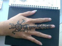 cyberpunk hand tattoo Más