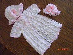Preemie Hat Project: Latest Preemie Gown - Pink Trim