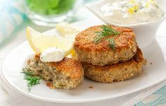 Healthy Tuna Cakes With Creamy Chive Sauce