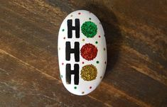 Easy and Fun Christmas Crafts for Toddlers - Painted Rocks Wonderful Ideas Of Painted Christmas Rock Rock Painting Patterns, Rock Painting Ideas Easy, Rock Painting Designs, Christmas Crafts For Toddlers, Xmas Crafts, Toddler Crafts, Stone Crafts, Rock Crafts, Christmas Rock