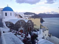 Santorini Full Day Tour.See the Santorini of your dreams on this private day trip with a local driver-guide. Customised entirely to your interests, your itinerary is totally flexible.