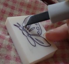 How to carve homemade stamps from an eraser