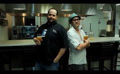 Éric Blackburn et Simon Fortin de la Voie Maltée lors du tournage de la capsule vidéo pour le dévoilement du #dessert pour le #soupergastronomique du 24 mai 2013 de la Croix-Rouge! Pour acheter un billet : http://soupercxrougeqc.eventbrite.ca/