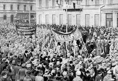 Soldiers demonstration in February 1917, Russian Revolution.