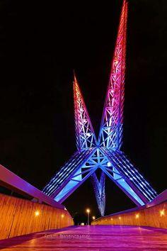 Oklahoma City 's Skydance pedestrian bridge