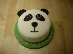 A last minute panda cake for a very happy little girl., via Flickr.