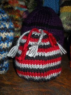 How To Knit An Easy Hat With Straight Needles