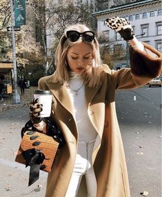 Winter Fashion Outfits, Fall Winter Outfits, Autumn Winter Fashion, Fashion Clothes, Summer Outfits, Winter Style, Fashion Dresses, Fashion 2020, Look Fashion