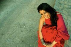 Kamalika Guha Thakurta (Actress) Profile with Bio, Photos and Videos - Onenov.in