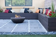 Great contemporary patio with L shaped bench, propane fire pit with the propane tank hidden in the bench. Fire Pit Backyard, Backyard Patio, Backyard Landscaping, Landscaping Design, Backyard Ideas, Patio Oasis Ideas, Patio Garden Ideas On A Budget, Patio Decorating Ideas On A Budget, Front Yard Patio