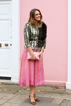 Sequin Gold Jumper Outfit Worn With Pink Skirt | Christmas Outfit Ideas