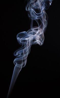 volutes de fumée - VirusPhoto