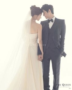 korean wedding photo studio no wedding poses Korean Wedding Photography Photo Ideas Pre Wedding Photoshoot, Wedding Poses, Wedding Shoot, Wedding Couples, Wedding Portraits, Wedding Ceremony, Wedding Ideas, Wedding Dj, Wedding Card