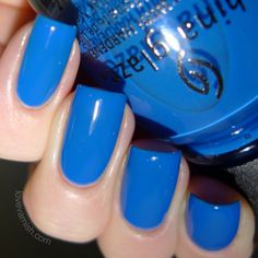 China Glaze Road Trip License & Registration Pls China Glaze License & Registration Pls is described as a blue creme. Can't argue with that! It seems to be quite a unique blue in my stash, it isn't a navy shade nor sky blue, and I can't think of anything like it. Again, the first coat shows that jelly/crelly like coverage and then the 2nd coat is enough to reach opacity.