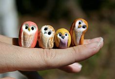Cutest little owls! I could try them in fimo...