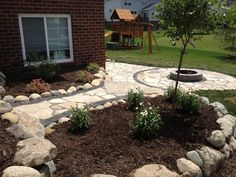Flagstone Patio with Brick Paver accent bricks