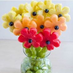 "155 Likes, 1 Comments - DIY Projects for Teens (@diyprojectsteens) on Instagram: ""Make this super yummy diy fruit bouquet, for more cool projects like this click the link in the bio…"""