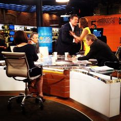 Behind-the-scenes picture: A full table this morning! Charlie Rose, Gayle King, Erica Hill, Tony Robbins and David Feherty. Erica Hill, Studio 57, Charlie Rose, Tony Robbins, Behind The Scenes, David, King, Messages, Business