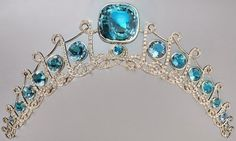 Princess Isabella de Ligne de la Trémoïlle's Aquamarine TiaraFind out more at Tiara Mania