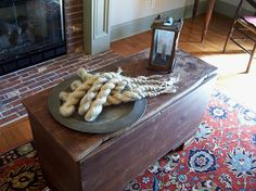 2015 New Pictures~~~Linda Babb www.picturetrail.com/theprimitivestitcher Early American Decorating, Colonial Decorating, Country Primitive, New Pictures, Beautiful Homes, Digital Prints, Hosting, Social Network, Primitives