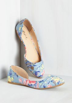 Tip Tap Toe Flat in Floral - Blue, Yellow, Pink, Floral, Print, Casual, Daytime Party, Spring, Variation