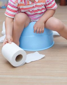 I'm not gonna lie--potty training was one of my least favorite parts of parenting a toddler. Potty Training Books, Potty Training Girls, Training Tips, Real Moms, Children And Family, Cool Diy Projects, Kid Spaces, Fun Learning, Parenting Hacks