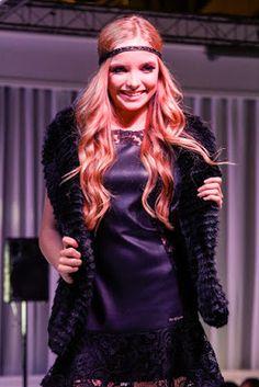♥ Atriz e Cantora Mirim Giovanna Chaves desfila e faz Show em Evento Beneficente em São Paulo ♥  http://paulabarrozo.blogspot.com.br/2016/05/atriz-e-cantora-mirim-giovanna-chaves.html