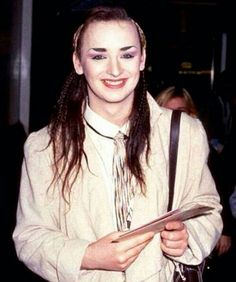 Look how cute he is ������ #boygeorge #boy #george #bg #mylove #socute #myking #beautiful #gorgeous #obsession #idol #loveyou #makeup #longhair #80s #fabulous #fashion http://gelinshop.com/ipost/1527970824727012192/?code=BU0cV6bA6Ng