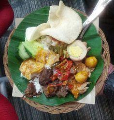 Nasi bogana atau nasi begana adalah hidangan nasi gaya Indonesia, berasal dari Tegal, Jawa Tengah. Biasanya dibungkus dalam daun pisang dan disajikan dengan berbagai lauk.