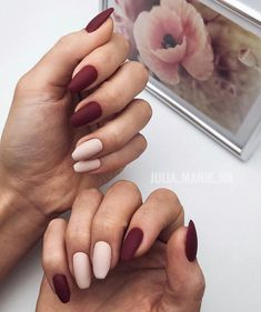 Want some ideas for wedding nail polish designs? This article is a collection of our favorite nail polish designs for your special day. Best Acrylic Nails, Matte Nails, My Nails, Stylish Nails, Trendy Nails, Wedding Nail Polish, Minimalist Nails, Dream Nails, Perfect Nails