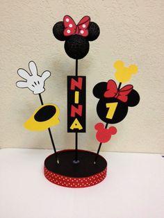 Centro de mesa decoración cumpleaños de Minnie por TheGirlNXTdoor