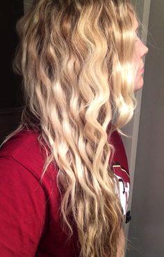 Mermaid hair thanks to Bed Head's Wave Artist, Deep Waver | $20 at Target | Beach Waves | Wavy Hair | Blonde strawberry blonde highlights