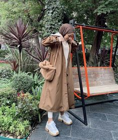 Modest Wear, Modest Outfits, Chic Outfits, Fashion Outfits, Modest Fashion Hijab, Muslim Fashion, Hijab Style Tutorial, Hijab Fashion Inspiration, Muslim Girls