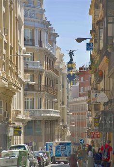 Calle Caballero de Gracia, Madrid