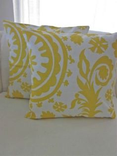 Pretty yellow & white cushions, put pattern on canvas?