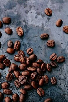 coffee beans - eat | raw foods - styling - food photography - cafe - aesthetic - dark - moody - caffeine - healthy - idea - ideas - inspiration