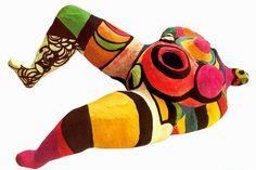 Niki de Saint Phalle, Modello per Lei-una cattedrale, 1966