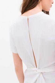 Fashion design studio minimal chic Ideas for 2019 Minimal Chic, Minimal Fashion, Fashion Line, Fashion Details, Trendy Fashion, Fashion Design, Geometric Fashion, Zara, Cool Style