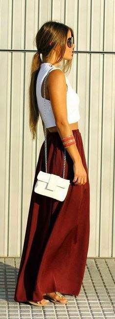 Teenage Fashion Blog: Full Lenght Maxi Skirt with White Top | Sexy Stree...