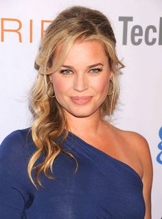 Rebecca Alie Romijn (1972) is an American actress and former fashion model. ⭐️⭐️⭐️