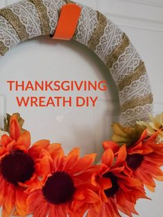 Thanksgiving wreath with burlap and festive flowers! Learn how to make this wreath in JUST 5 MINUTE! #easycraft #easydiy #thanksgiving #wreath #thanksgivingwreath #homedecor #decor #homedecoration #decorations #holidays Thanksgiving Home Decorations, Thanksgiving Centerpieces, Thanksgiving Wreaths, Holiday Decorations, Diy Wreath, Burlap Wreath, Wreath Forms, Easy Diy Crafts, Diy Ideas