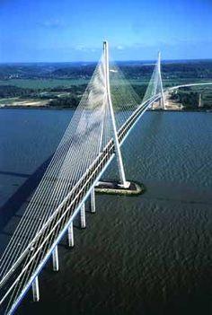 Pont de Normandie                                                                                                                                                                                 Plus