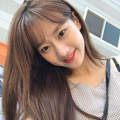 𝚋𝚎𝚏𝚘𝚛𝚎𝚔𝚝𝚑 on pins I Love Girls, Cool Girl, Pretty Girls, April Members, April Kpop, Divas, Girls Foto, Girl Korea, Uzzlang Girl